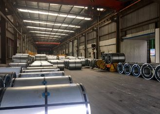China SMP PPGI Steel Coil , Color Coated Galvanized Steel Coil For Construction Building supplier